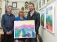 Original Artwork Stor visite: Gallery owner Alan Brown, Harriett Baldwin MP and artist Anthony Bridge