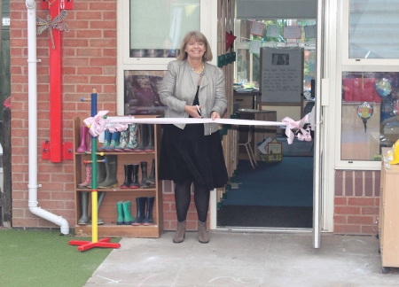 Harriett Baldwin MP opens refurbished buildings and a play area at Martley Primary School