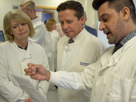 Harriett Baldwin MP, Nigel Huddleston MP tour Worcestershire Royal Hospital's Path Lab with Camran Khan, Blood Bank Manager