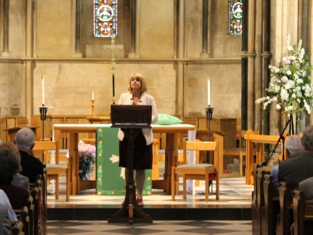 Harriett Baldwin delivers lecture to Friends of Pershore Abbey on the importance of helping Africa