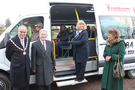 Harriett Baldwin MP unveils the new Tenbury Transport Trust minibus